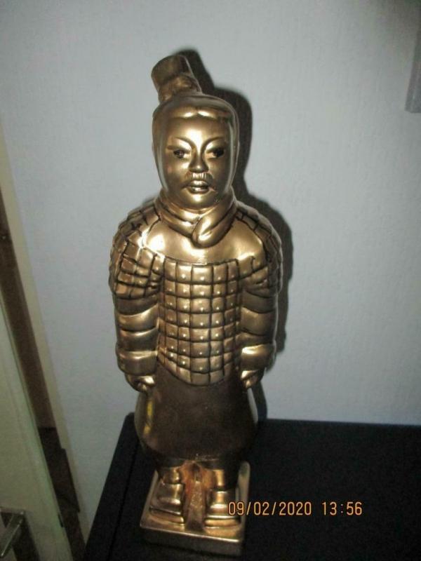 gouden beeld van het chinees terracotta leger 13 x 10 x 40cm