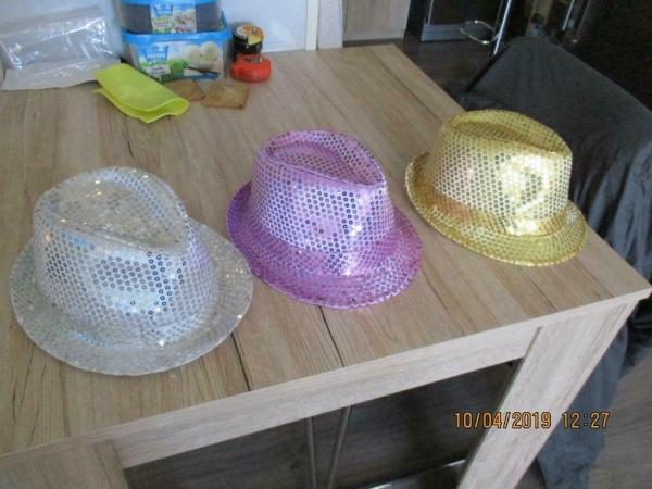 3 Glitter feesthoeden