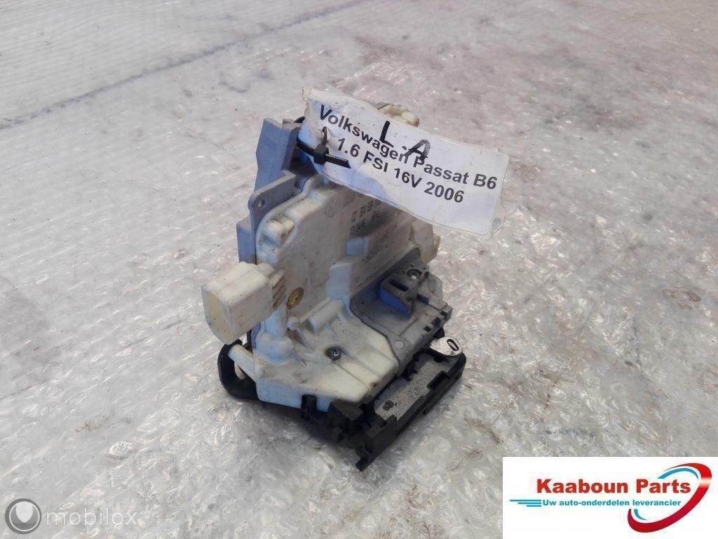 Slotmechanisme deur Volkswagen Passat B6 '05-'10 linksachter