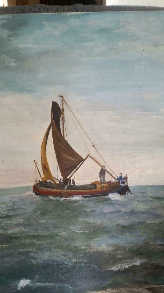 Skûtsje voor de wind op open water