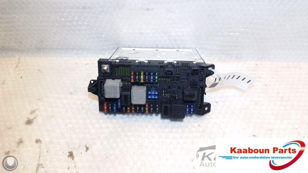 Zekeringkast / BCM computer Mercedes E-klasse W211