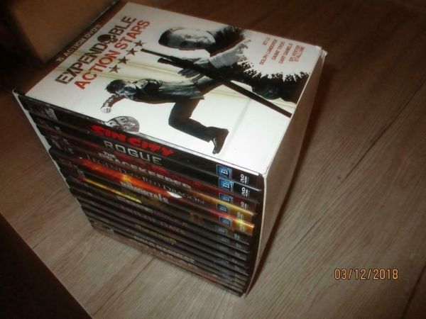 DVD box met 15 dvd`s expendable action stars winkel en inter
