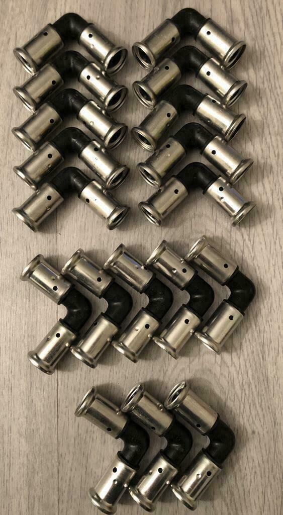 Henco knie 90gr, 16 x 16mm (18 Stuks).
