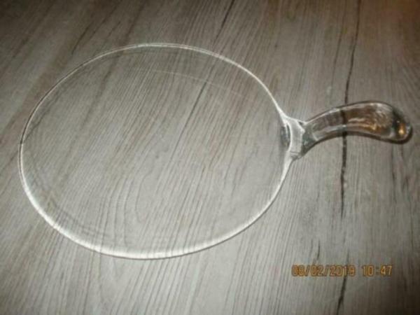 serveer plateau van glas met handvat