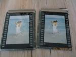 2 zeer aparte fotolijsten van glas, in een soort film