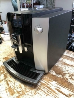 Koffiemachine Jura E6 nieuwstaat
