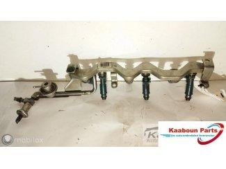 Injectoren brandstofrail Ford Mondeo III ST220 3.0 V6 00 -07