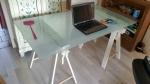 Mooi schragen bureau / tafel 80 x 150 cm variabele hoogte
