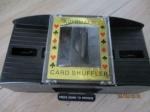 kaartspel schudder zgan werkt op batterij