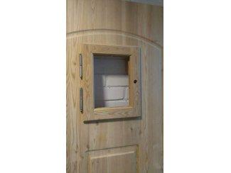 Deuren en toebehoren Nieuwe buitendeur met kozijn en hang en sluitwerk.